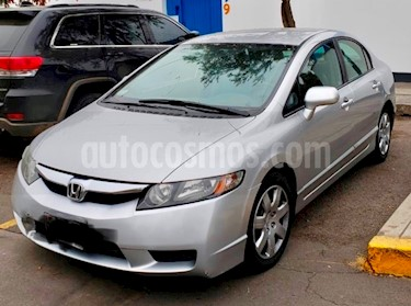 Honda Civic LX 1.8L Aut usado (2010) color Plata precio u$s9,800