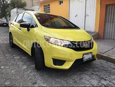 Foto venta Auto Seminuevo Honda Fit Cool 1.5L (2015) color Amarillo Citrus precio $175,000
