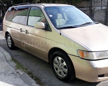 Foto venta Auto usado Honda Odyssey Touring (2001) color Arena precio $60,000