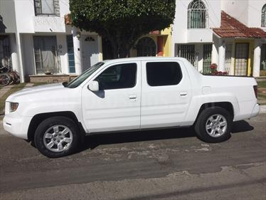 Foto venta Auto Seminuevo Honda Ridgeline RTL (2006) color Blanco precio $165,000