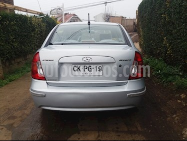 Hyundai Accent 1.4 GL  usado (2010) color Gris precio $4.100.000