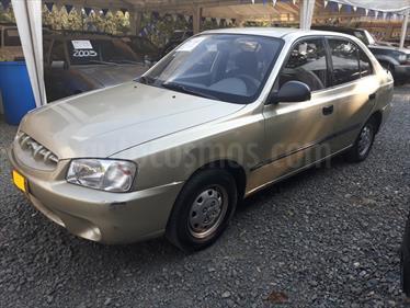 Foto venta Carro usado Hyundai Accent GL 1500 cc (2003) color Oro precio $11.500.000