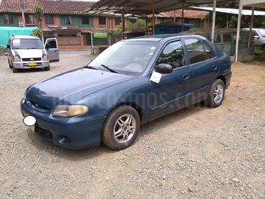 Hyundai Accent GLS 1500 cc usado (1998) color Azul Oscuro precio $8.000.000