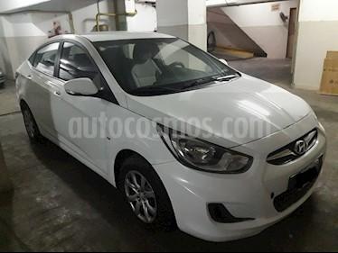 Foto venta Auto Usado Hyundai Accent GLS 4P Full CD ABG y ABS Aut (2011) color Blanco precio $326.000