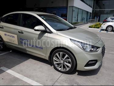 Foto venta Auto Seminuevo Hyundai Accent GLS Aut (2018) color Beige precio $275,000