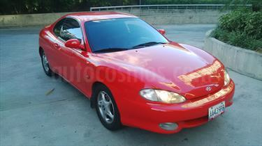 Foto venta carro Usado Hyundai Coupe Tiburon Edicion Especial L4 1.8i (2000) color Rojo precio u$s3.500