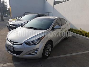 Foto venta Auto Seminuevo Hyundai Elantra GLS Premium Aut (2016) color Plata precio $215,000