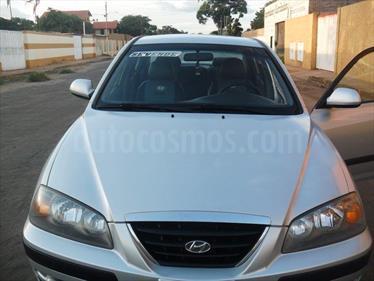 Hyundai Elantra GLS Sinc. usado (2007) color Plata precio u$s3.200