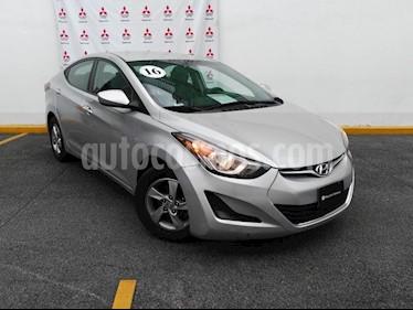 Foto venta Auto Usado Hyundai Elantra GLS (2016) color Plata precio $180,000