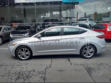 Foto venta Auto Seminuevo Hyundai Elantra Limited Aut (2017) color Plata precio $269,000