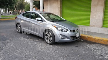 foto Hyundai Elantra Limited Tech Aut usado (2015) color Gris precio $175,000