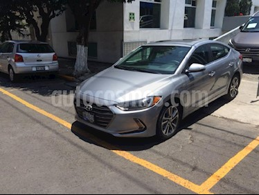 Foto venta Auto Usado Hyundai Elantra Limited Tech Navi Aut (2017) color Plata precio $268,900