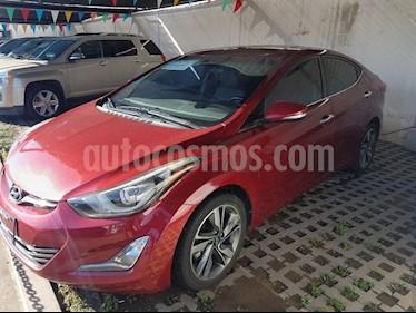 Foto venta Auto Seminuevo Hyundai Elantra LIMITED TECH NAVI (2015) color Rojo precio $185,000
