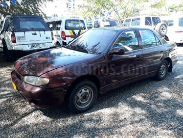 Foto venta Carro Usado Hyundai Elantra Premium (1994) color Rojo precio $9.000.000