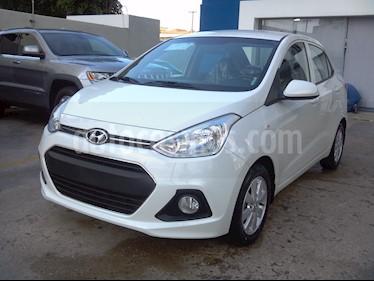 Foto venta Auto Seminuevo Hyundai Grand i10 GL (2016) color Blanco precio $135,000
