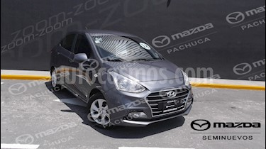 Foto venta Auto Seminuevo Hyundai Grand i10 GLS Aut (2018) color Gris precio $197,000