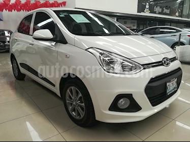 Foto venta Auto Seminuevo Hyundai Grand i10 GLS (2017) color Blanco precio $167,000