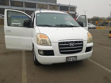 Foto venta Auto usado Hyundai H1 Minibus GL 2.5L Di (2005) color Blanco precio u$s10,600