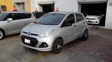 Foto Hyundai i10 Sedan GL MID