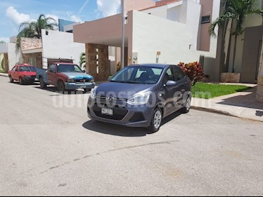 Foto venta Auto Seminuevo Hyundai i10 Sedan GL MID (2017) color Gris precio $132,000