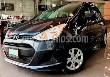 Foto venta Auto Seminuevo Hyundai i10 Sedan GL MID (2015) color Gris