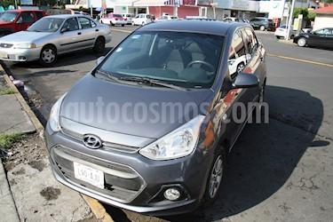 Foto venta Auto usado Hyundai i10 Sedan GLS Aut (2017) color Gris precio $150,000