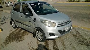 Foto Hyundai i10 GL 1.1L usado (2014) color Plata Urbano precio $18,000