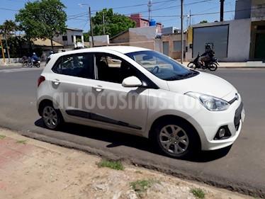 Foto venta Auto Usado Hyundai i10 GLS Aut (2017) color Blanco