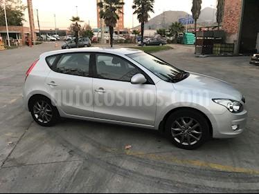 Hyundai i30 1.6L GLS  usado (2012) color Plata precio $5.600.000