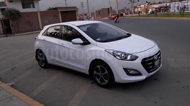 Hyundai i30 GL usado (2016) color Blanco precio u$s14,700