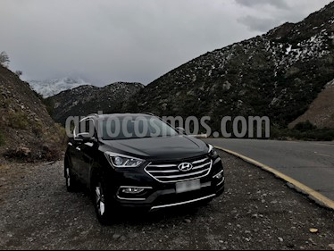 Hyundai Santa Fe 2.4 GLS 4x2 Full Aut usado (2016) color Negro Phantom precio $13.100.000