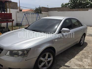 Foto venta carro usado Hyundai Sonata Edicion Especial V6,3.0i,12v A 2 1 (2008) color Plata precio u$s4.500
