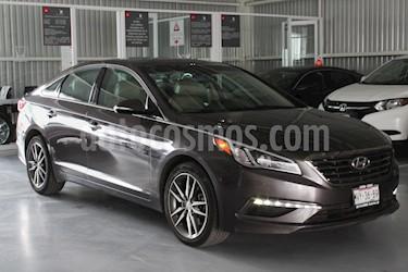 Foto venta Auto Seminuevo Hyundai Sonata Limited NAVI (2015) color Gris precio $219,000