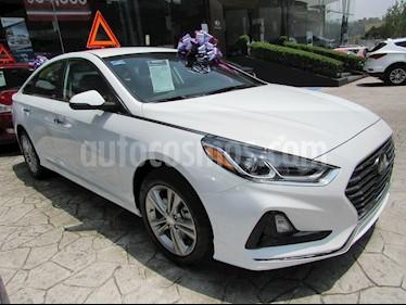 Foto venta Auto Seminuevo Hyundai Sonata Premium (2018) color Blanco precio $399,400