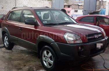 Hyundai Tucson GL 2.0L 4x2 usado (2010) color Rojo Obscuro precio u$s9,800