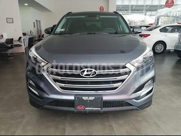 Foto venta Auto Seminuevo Hyundai Tucson Limited Tech (2017) color Gris precio $365,000