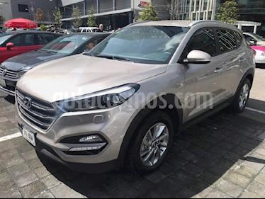Foto venta Auto Seminuevo Hyundai Tucson Limited (2017) color Dorado precio $355,000