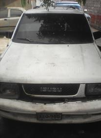 Foto venta carro Usado Isuzu Trooper Version sin siglas V6 3.2i 24V (1992) color Blanco precio u$s547.000