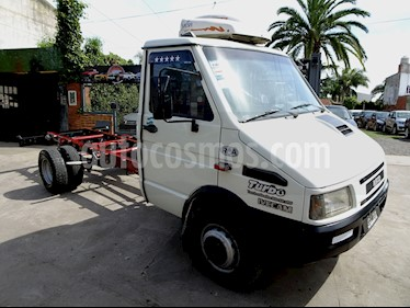 Foto venta Auto usado Iveco Daily Chasis 59.12 (2000) color Blanco / Gris Urbano precio $465.000