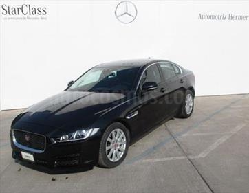 foto Jaguar XE Pure Tech