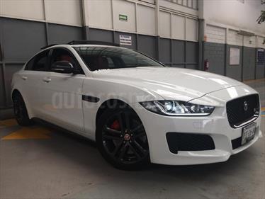 foto Jaguar XE S