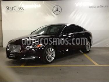 Foto venta Auto Seminuevo Jaguar XF Luxury 3.0L (2015) color Vino Tinto precio $505,000