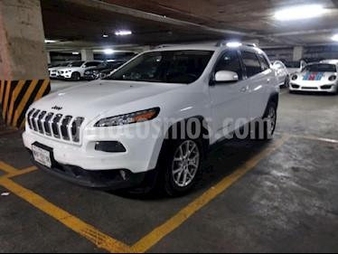 Foto venta Auto Seminuevo Jeep Cherokee Latitude (2014) color Blanco precio $265,000