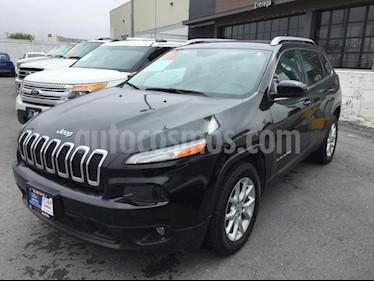 Foto venta Auto usado Jeep Cherokee Latitude (2015) color Negro precio $249,000