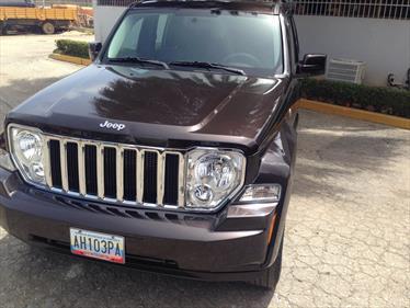 Foto Jeep Cherokee Limited 3.7L Aut 4x2