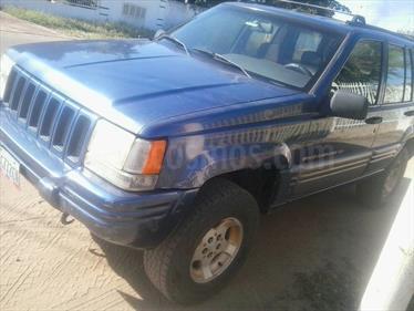 Foto venta carro usado Jeep Cherokee Limited 4x4 (1998) color Azul precio BoF360.000.000