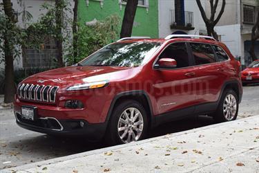 Foto venta Auto Seminuevo Jeep Cherokee Limited Premium (2015) color Rojo Cerezo precio $395,000