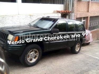 Foto venta carro Usado Jeep Cherokee Sport 3.7L Aut 4x4 (1999) color Verde precio u$s2.200