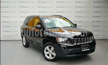 Foto venta Auto Usado Jeep Compass 4x2 Latitude Aut (2014) color Negro precio $220,000