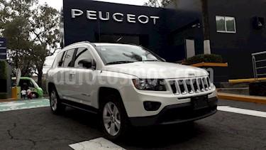 Foto venta Auto Seminuevo Jeep Compass 4x2 Latitude Aut (2016) color Blanco precio $272,900